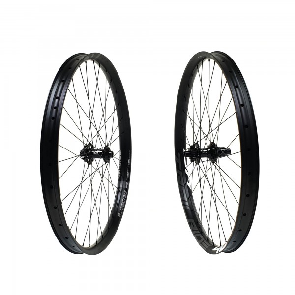 Fun Works N-Light One E-Bike Trailride 40 Hybrid E-MTB Wheelset 27,5 650b